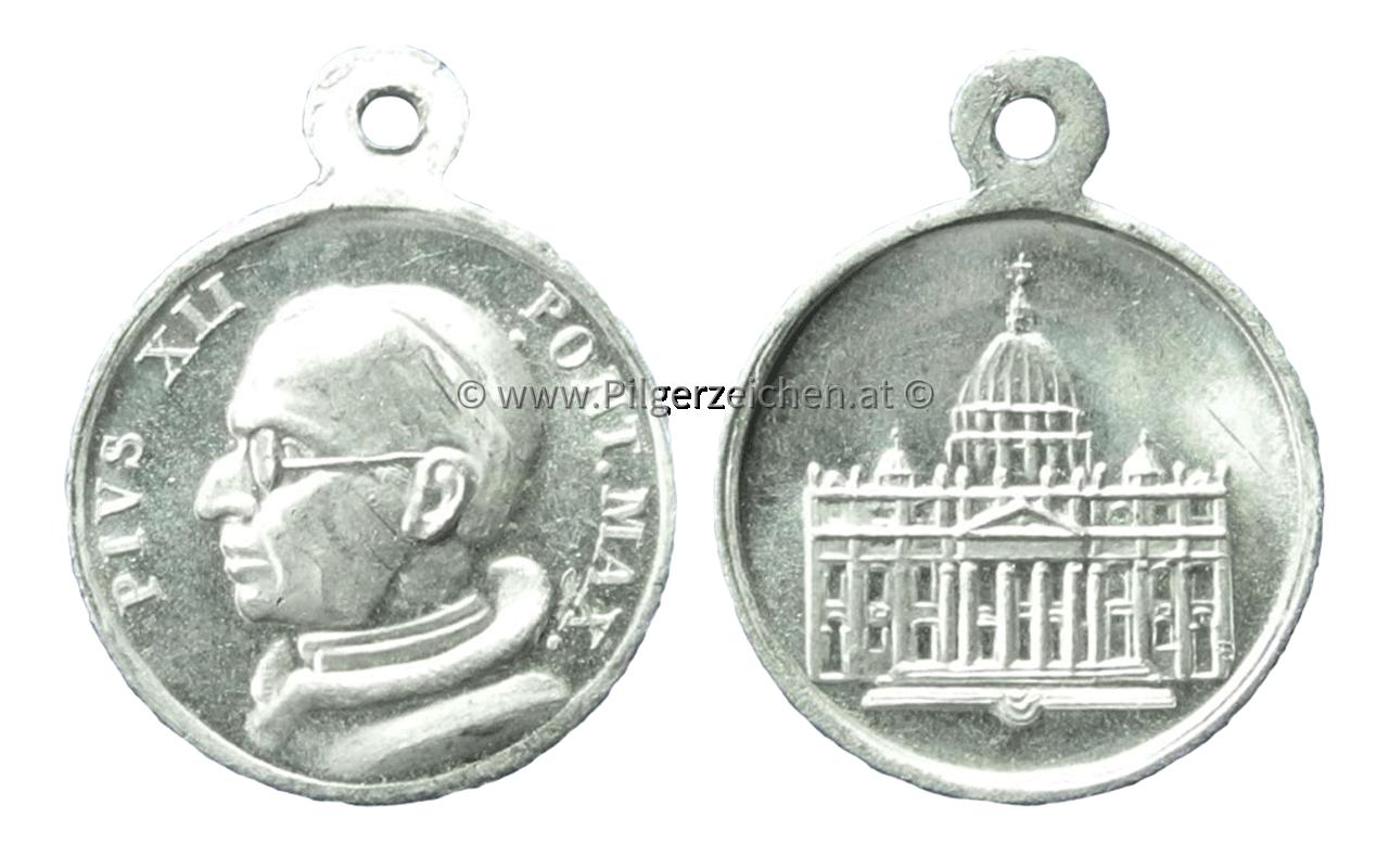 Papst Pius XII. / Petersdom
