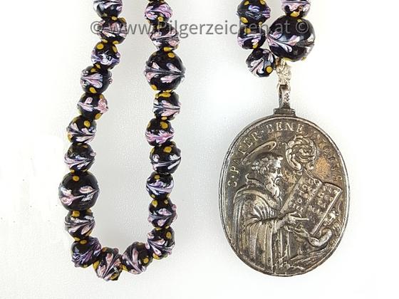 Rosenkranz / Benedikt von Nursia / Papst Silvester I.
